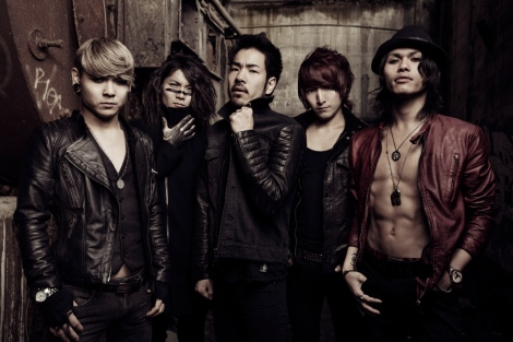 CROSSFAITH_2013_USE_lo_res1